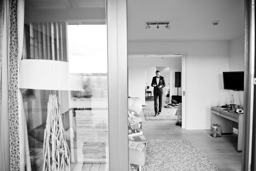 Foto Bräutigam, Gut Bardenhagen, Fotograf, Hochzeit, Kathrin Stahl