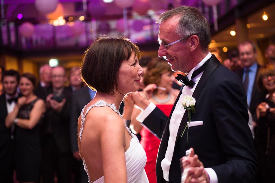 Foto Eröffnungstanz, Hochzeit, Gut Bardenhagen, Fotograf, Kathrin Stahl