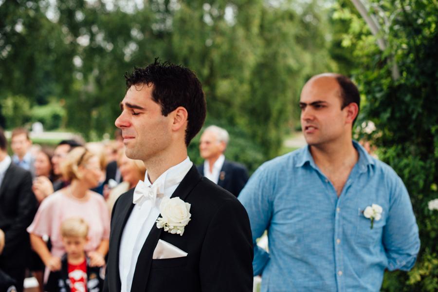 Foto novio esperando, boda, fotografo, Hamburgo, internacional, Kathrin Stahl
