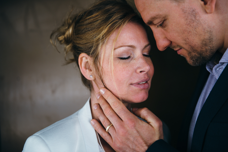 Zärtlichkeit, Tenderness, Hochzeit, Hamburg, Paar, Kathrin Stahl